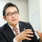 専務取締役 営業本部長 綾瀬 豊